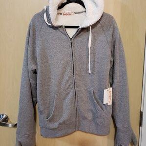 Tops - Grey FeeJay's sweatshirt